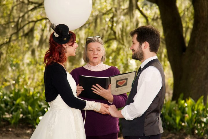 The Wedding Ceremony For An English Couple In New Orleans