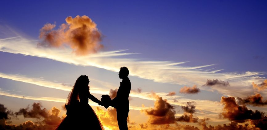 Reaffirming Your Love with Wedding Vow Renewals